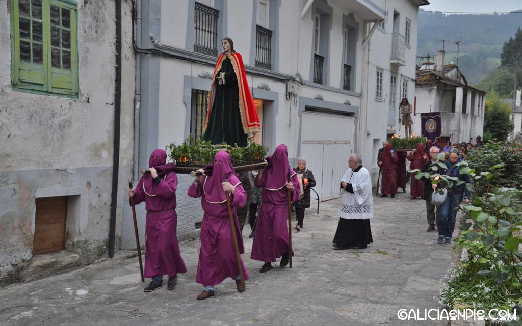 San Xoán (San Juan Evangelista). Procesión do Prendemento. Semana Santa en Mondoñedo.